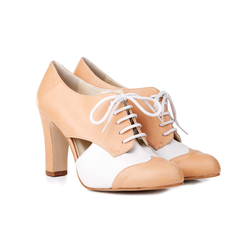 You can just imagine strutting into a courtroom in these bad boys can't you...