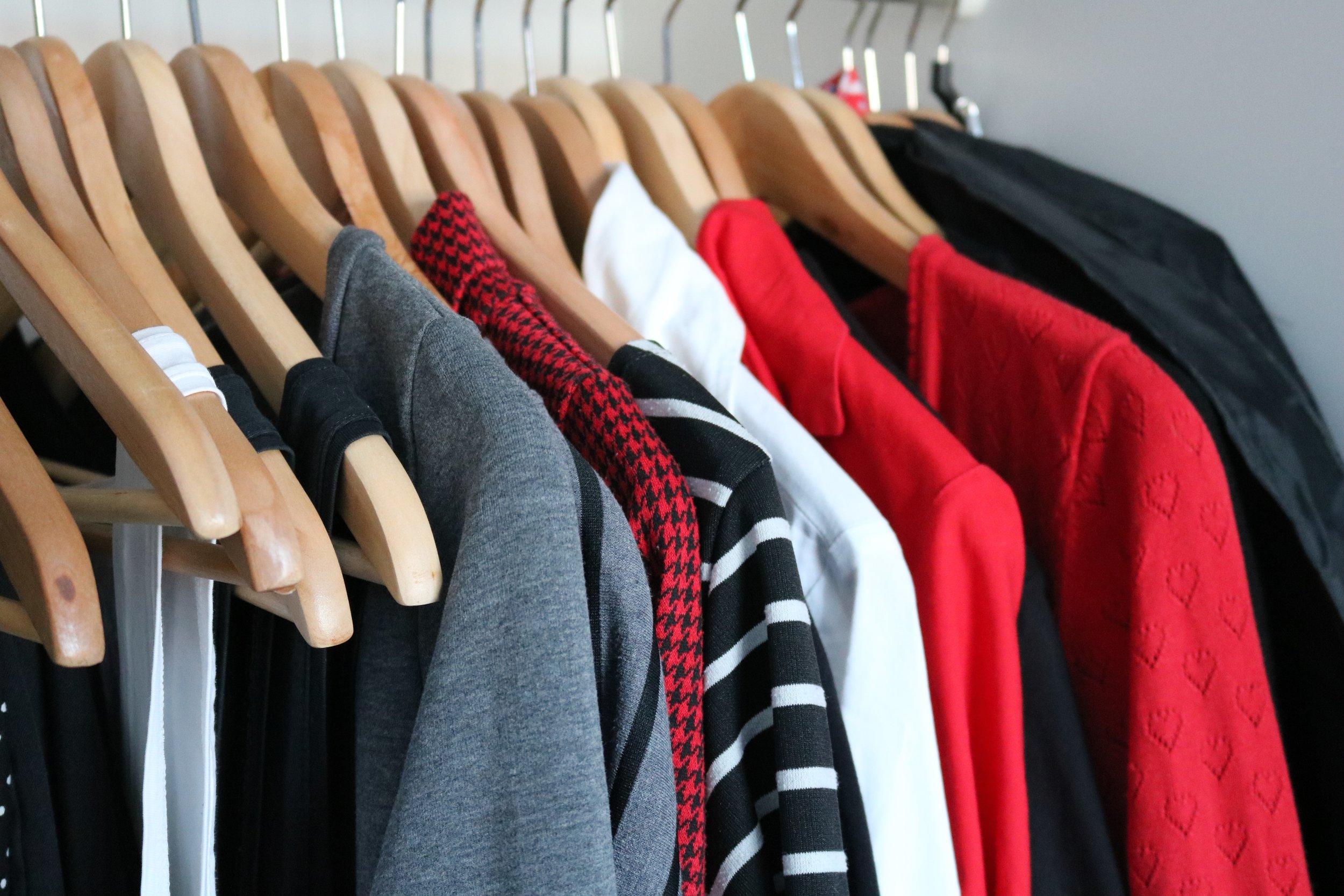 Over the past few years I had narrowed down my color choices for clothes to red, black, gray, and white.