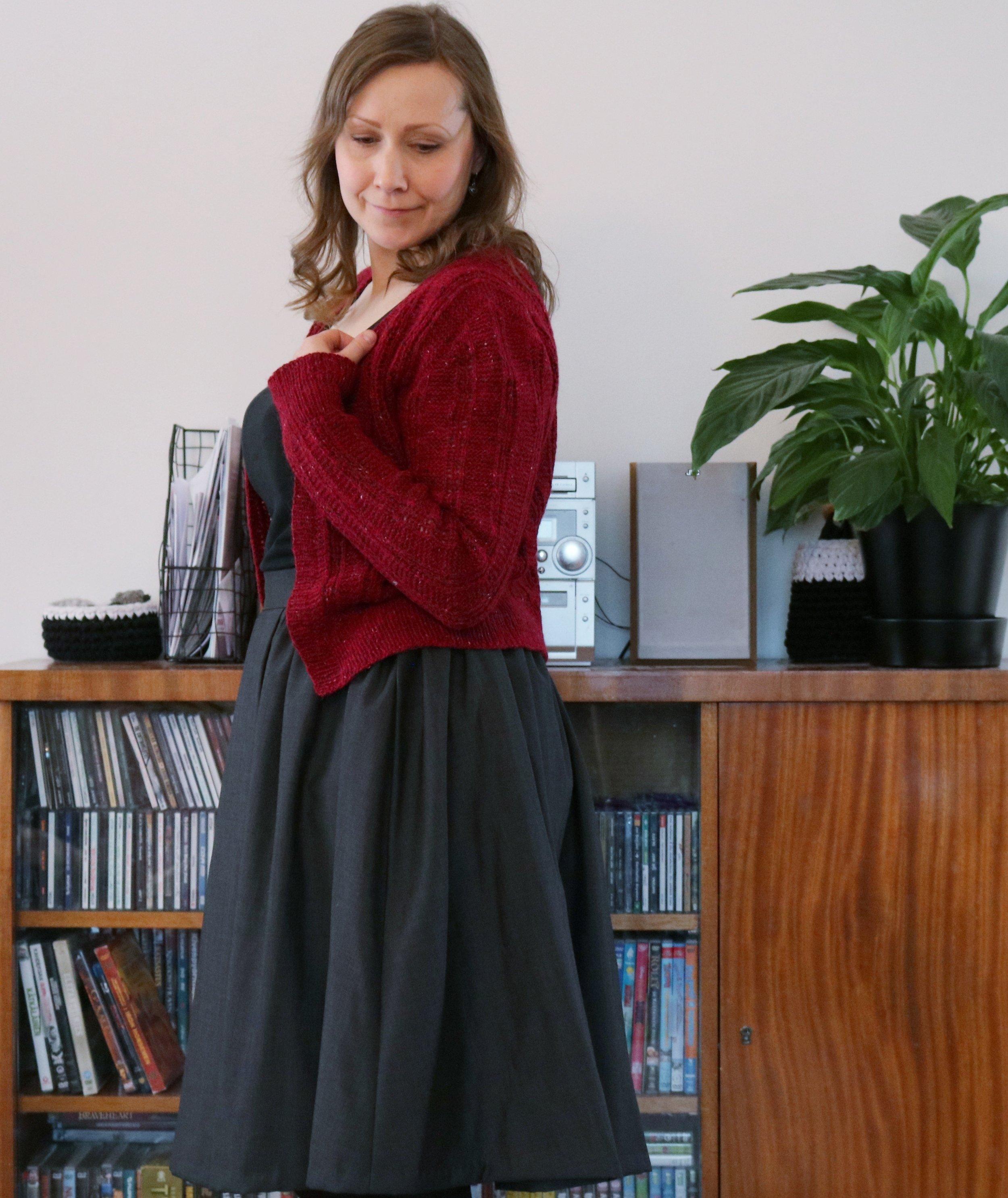 knitlish and sew - mary mead cardi side.jpeg