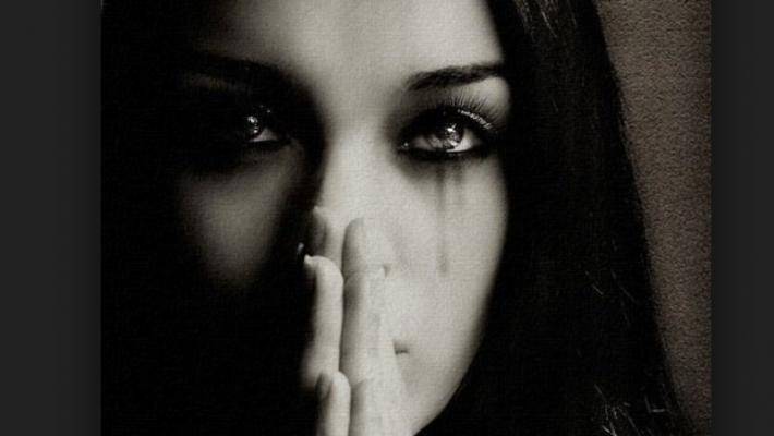 emotional-survival-donna-triste-aborto-710x400.png