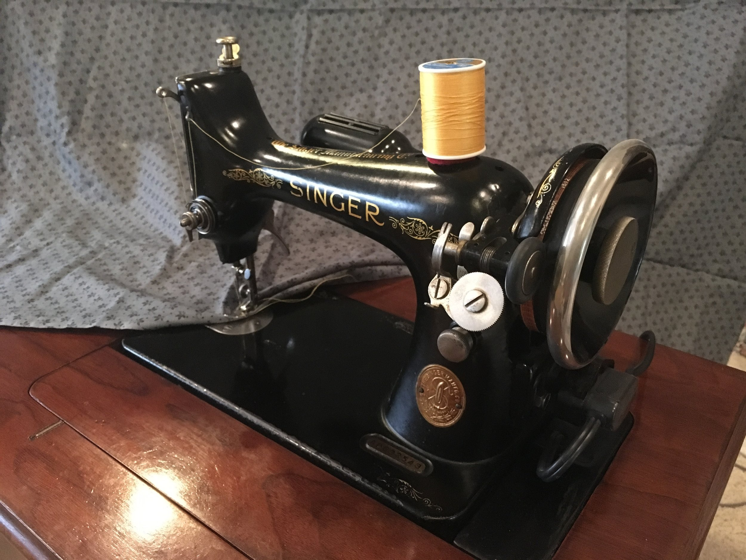 Singer Sewing Machine similar as in article except this one is electric.