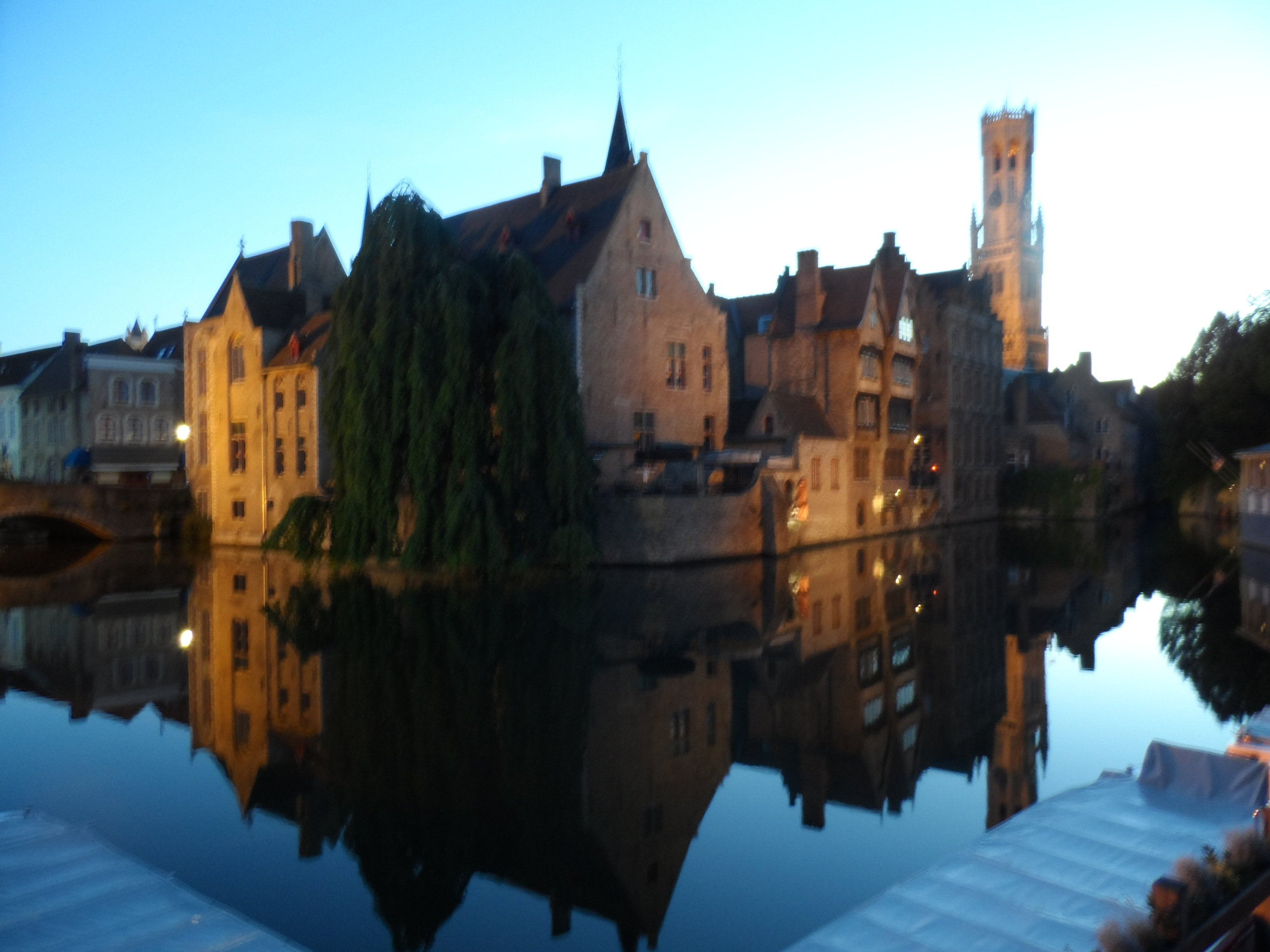 Brugge at dusk—so picture perfect!