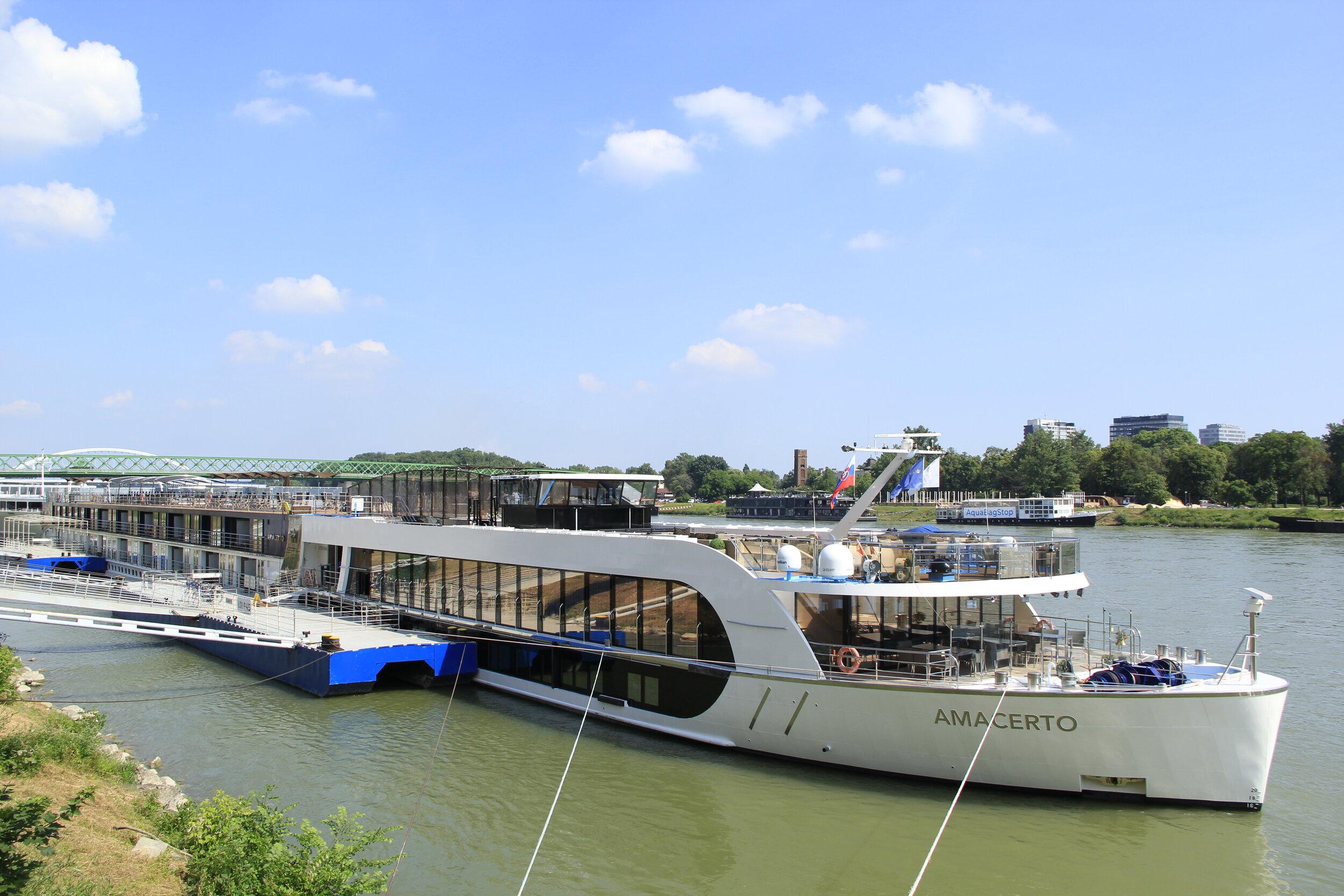 The AmaCerto docked