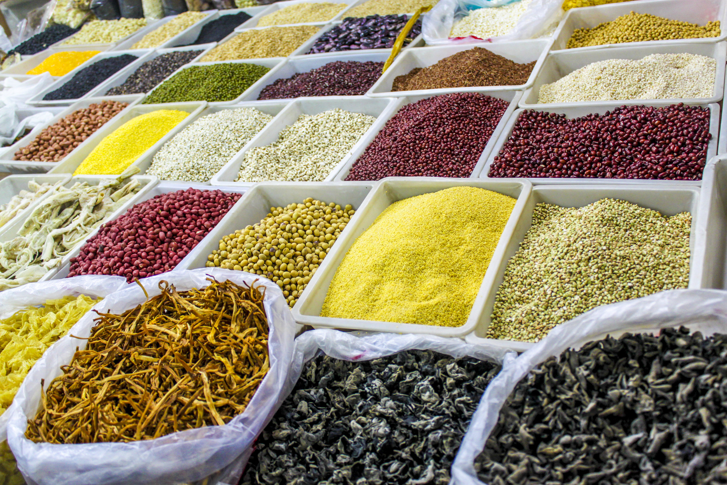 tailor-made-shanghai-sightseeing-tour-daily-food-market