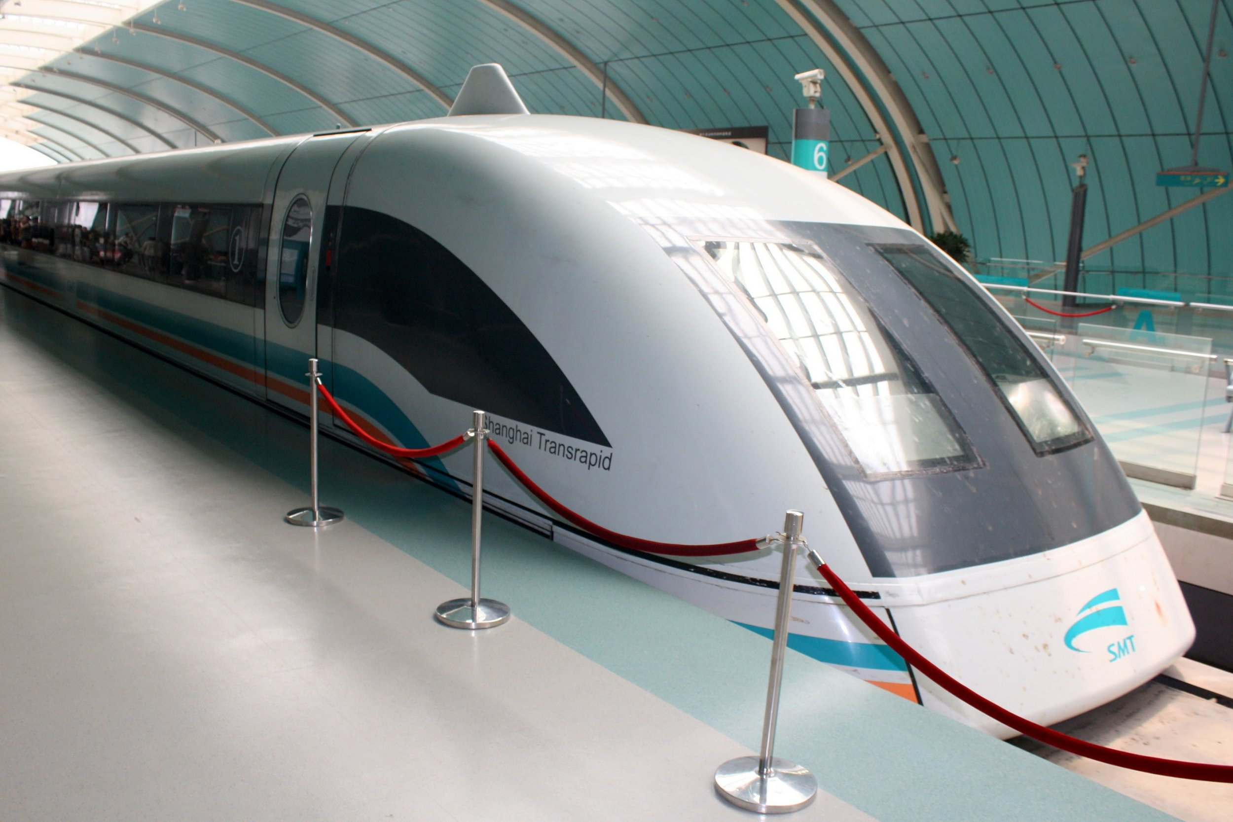 tailor-made-shanghai-sightseeing-tour-maglev