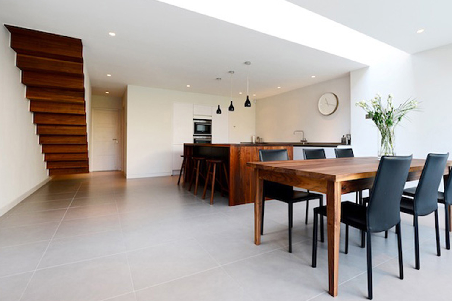 Englefield Road  - Bringing light and connectivity to a Victorian townhouse in Hackney, London
