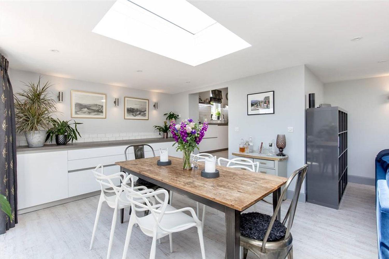 Craigleith contemporary dining space