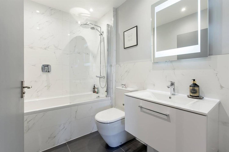 Craigleith bathroom
