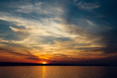 sea-sky-sunset-water-web.jpg