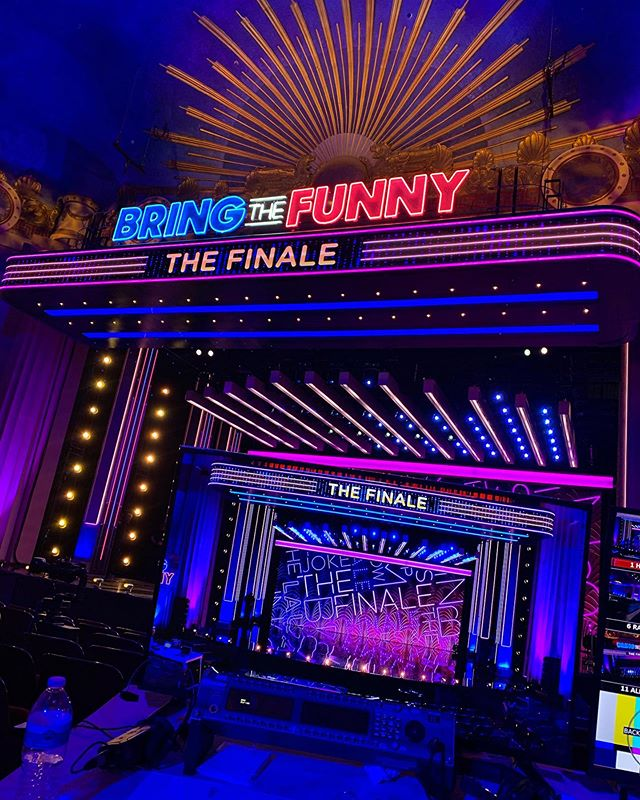 Thrilled to be working as creative associate on @nbcbringthefunny season finale with friend, colleague and esteemed creative director @Mabardi 🙌🏼💪🏻😊 #creative #producer #nbcbringthefunny #teammabarton
