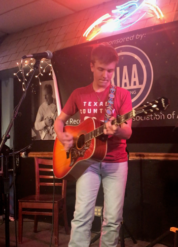 Nashville - BlueBird Cafe -