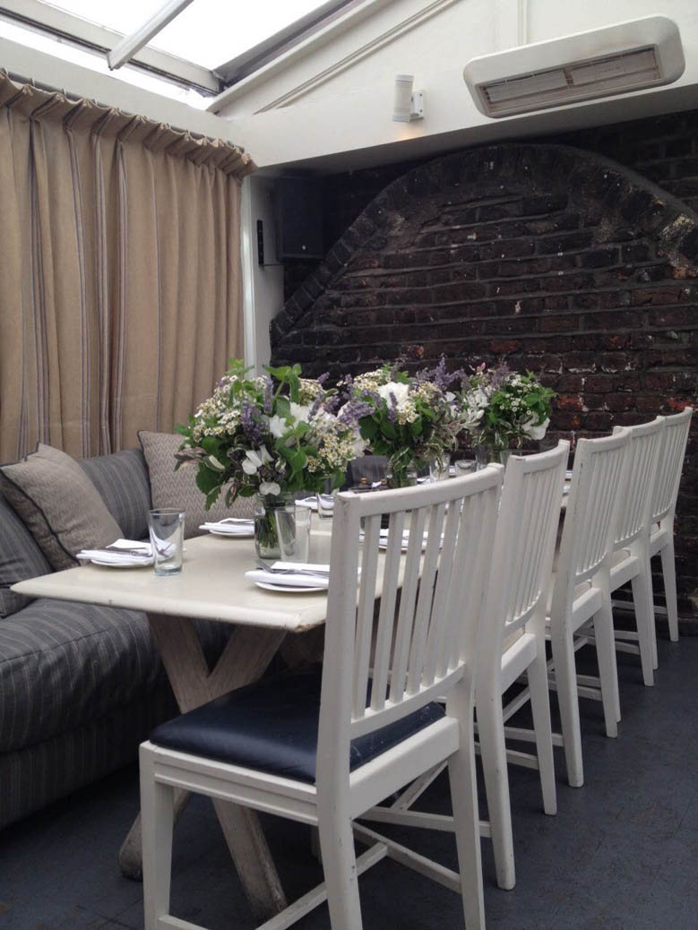 table flowers for Private members club soho