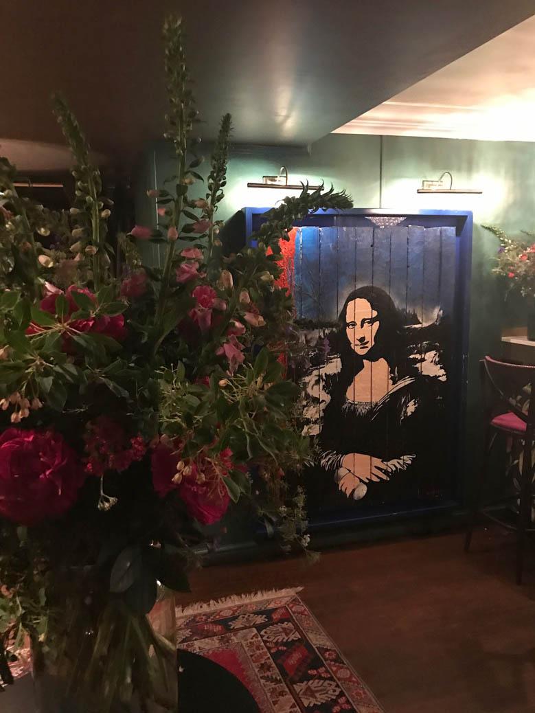 weekly vase for private members club kensington