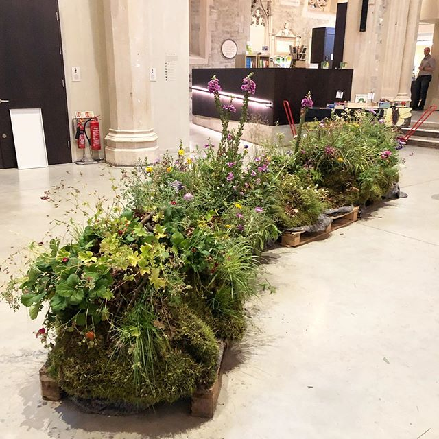 We have reconstructed a wild British landscape that appears to have been cut out of the ground and transplanted onto the museum floor for #britishflowersweek exhibition @gardenmuseum 💚 open until Sunday June 16.  In great company exhibiting alongside @rowan_blossom @bloomandburn @wormlondon @allforlovelondon  #stilllife #londonflorist #botanicalinstallation #garden #design #carlyrogersflowers #flowers #britishflowersweek #plants #nature #landscape #wildflowers