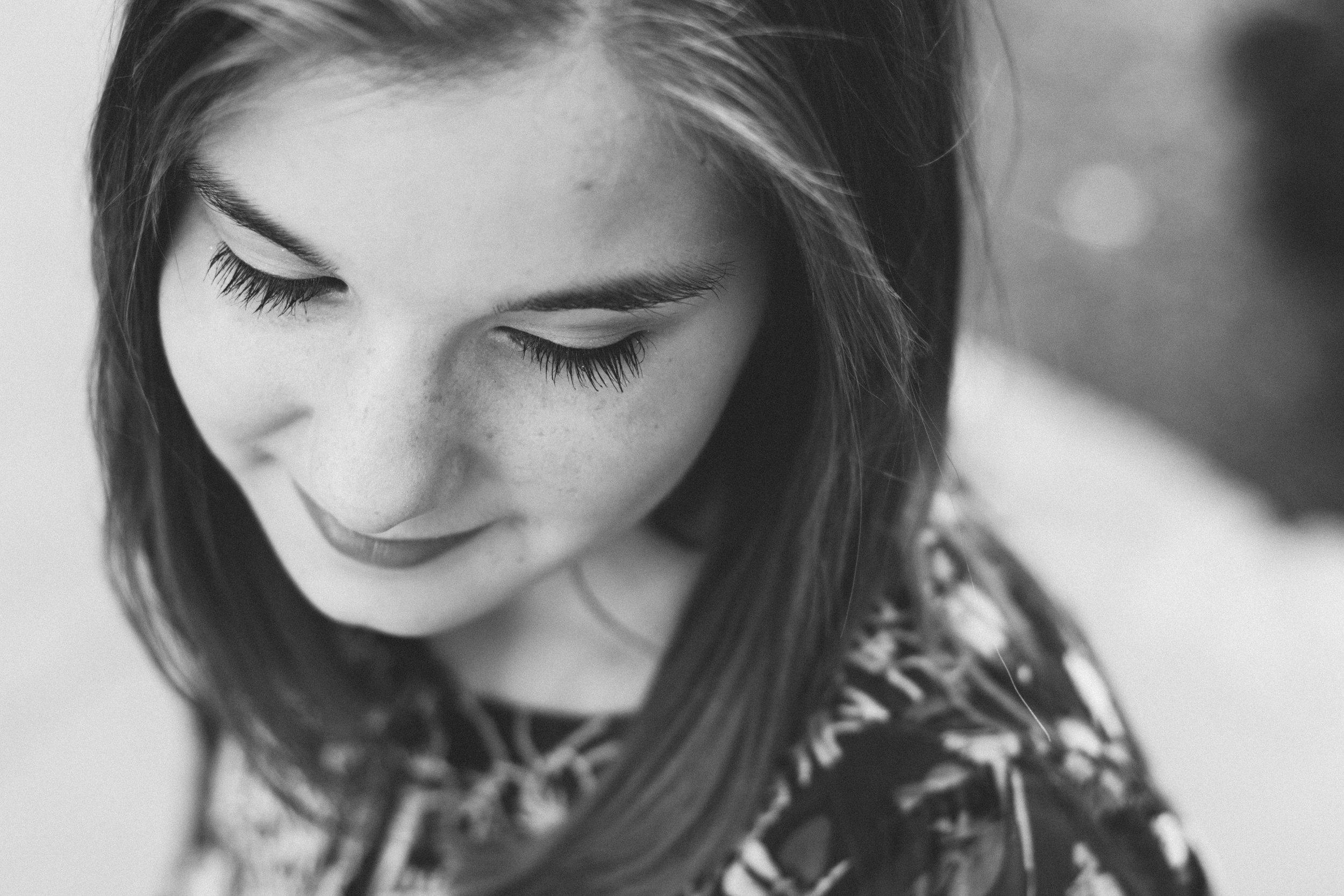 saundra_megan_portrait_aubrie_barker.jpg
