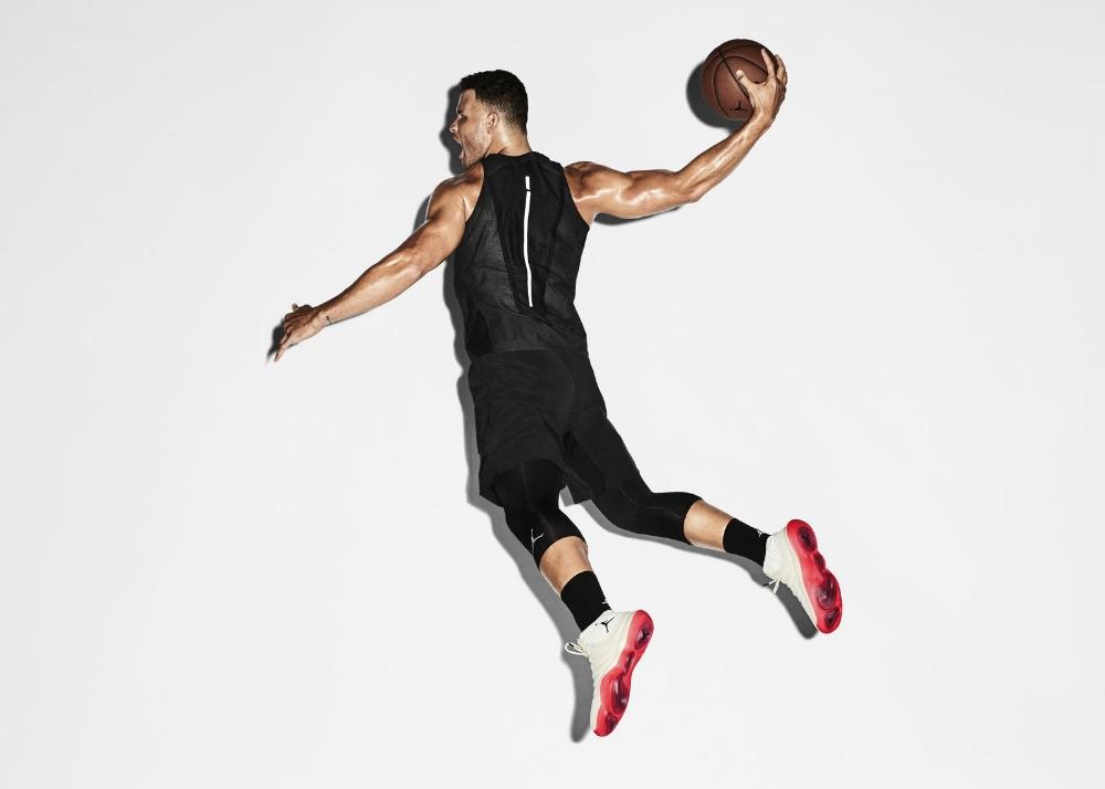 Photo via  Nike News .