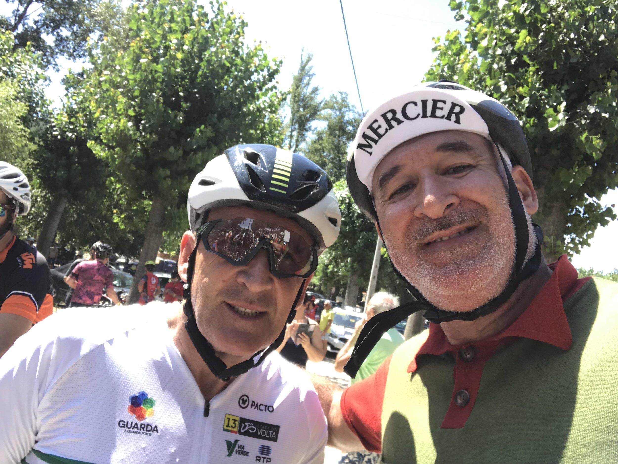 """Com o """"Enorme"""" campeão Marco Chagas."""