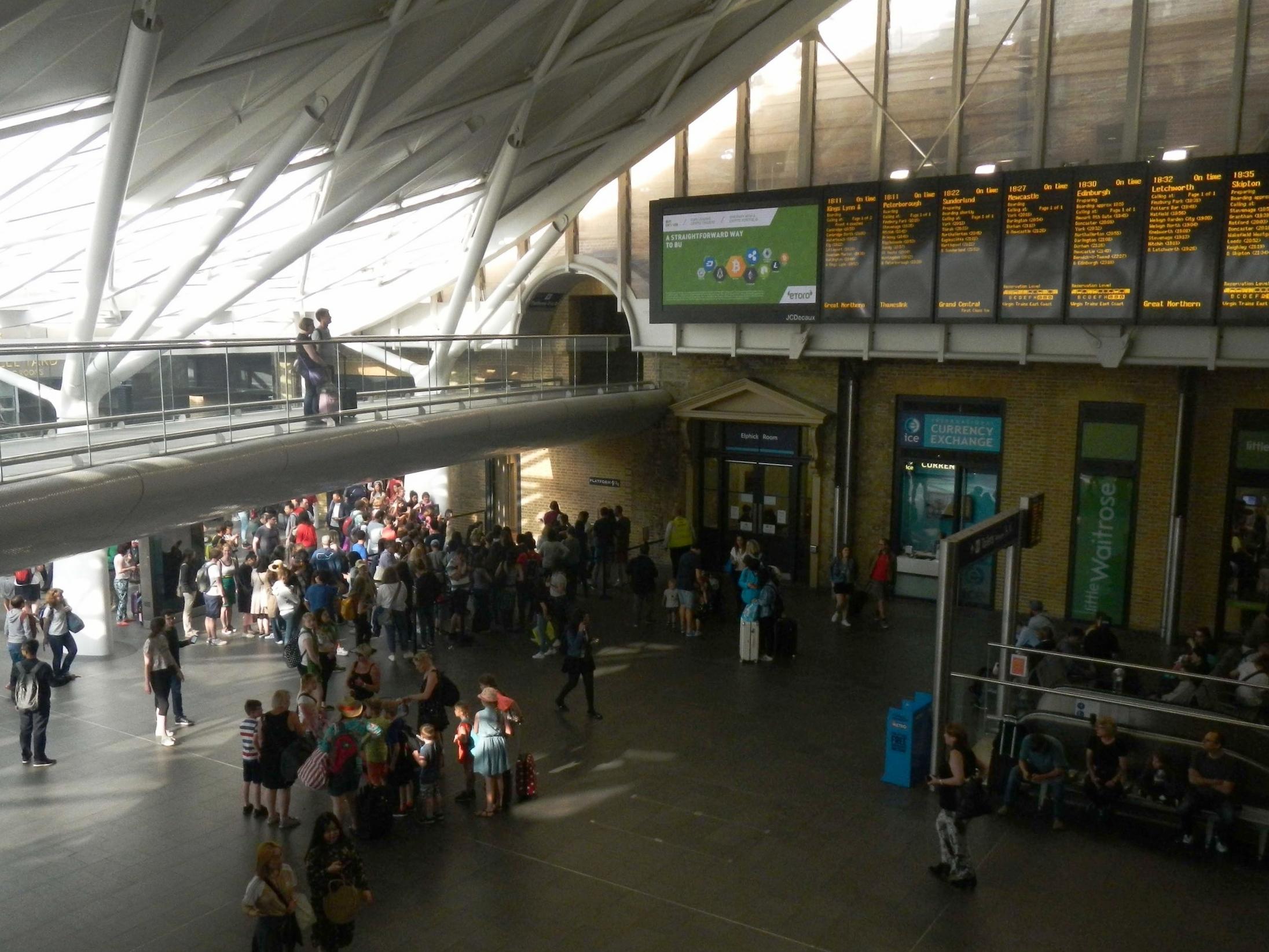 Platform 9-3/4 at King's Cross