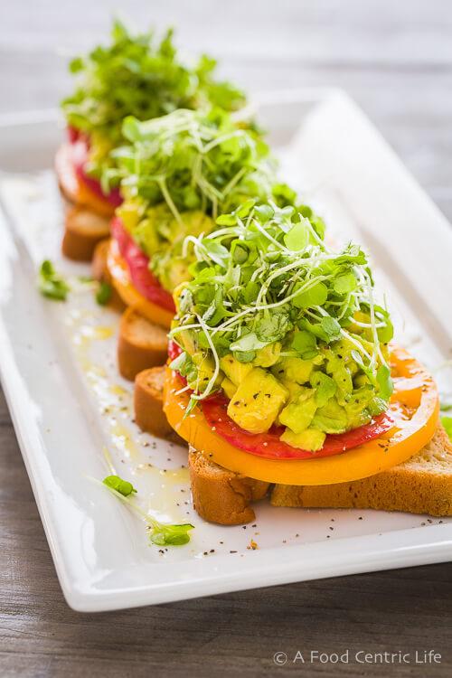 Heirloom-Tomato-Avocado-Toasts-0421.jpg