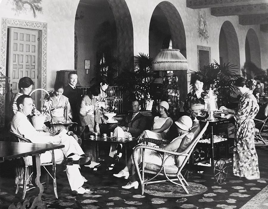 Royal Hawaiian Hotel, 1930s