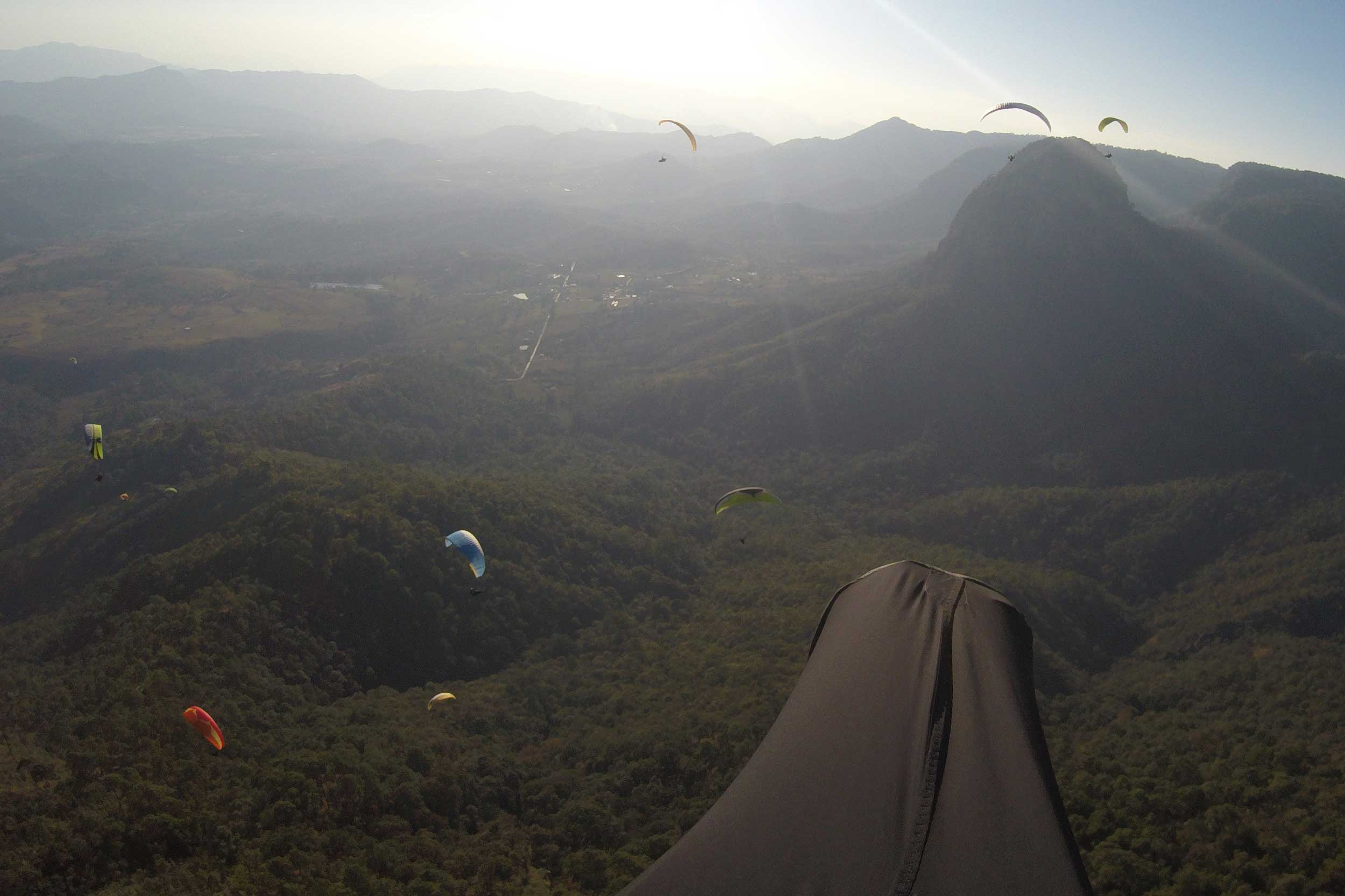 Paraglide-New-England-Trips-Valle-de-Bravo-Mexico-Gallery-Tim-FPV-Piano-View.jpg