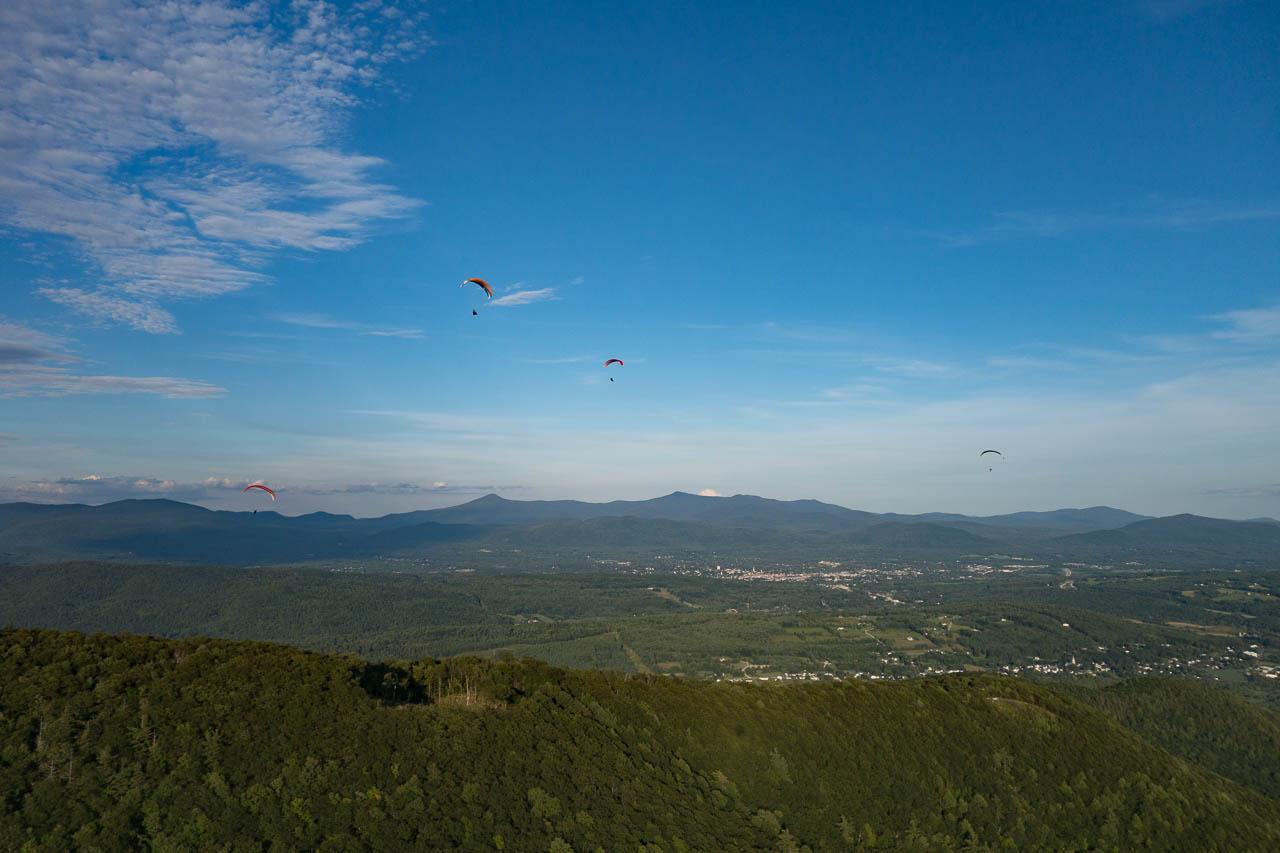 paragliders-west-rutland-vermont.jpg