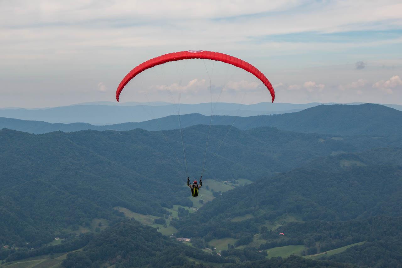 paragliding-tater-hill-north-carolina.jpg