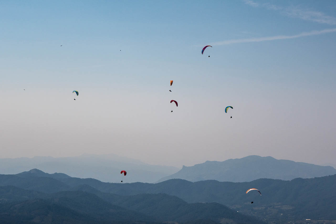 paragliding-valle-de-bravo-mexico.jpg