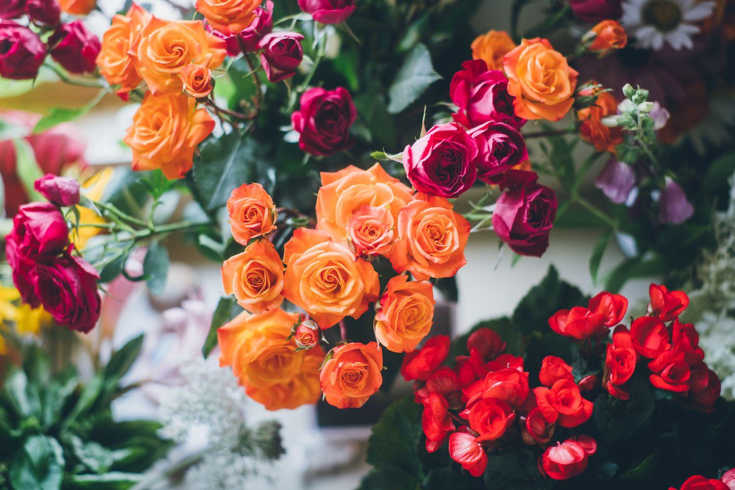altar flowers 2018.jpg