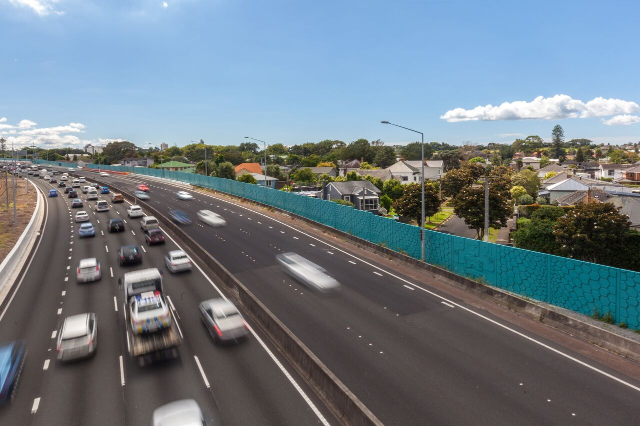 The Ellerslie Noise wall is admired by motorists passing by.