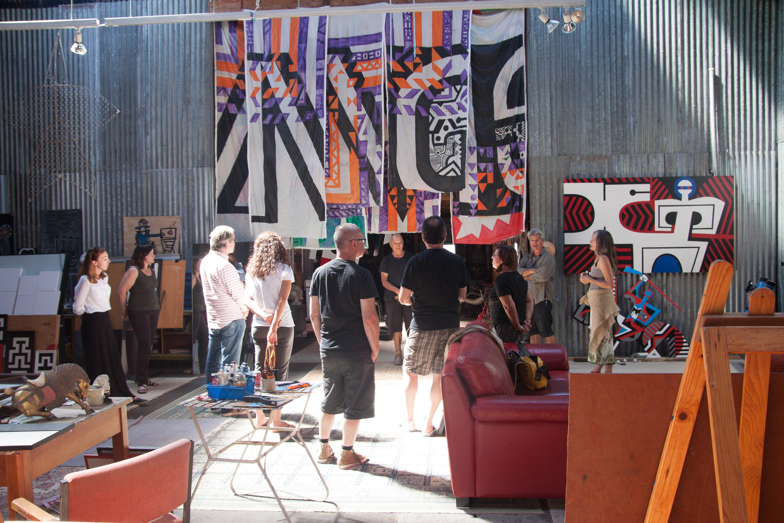Te Timatanga, Indigenous arts & Design North Island Tour. Para Matchitt 's studio visit in Ahuriri in 2016.