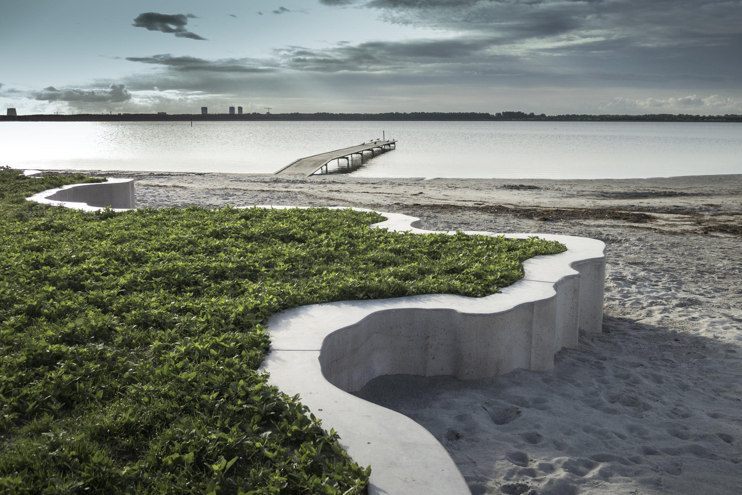 The metropolitan beach is widely used.Photo credit - Naja Viscor.