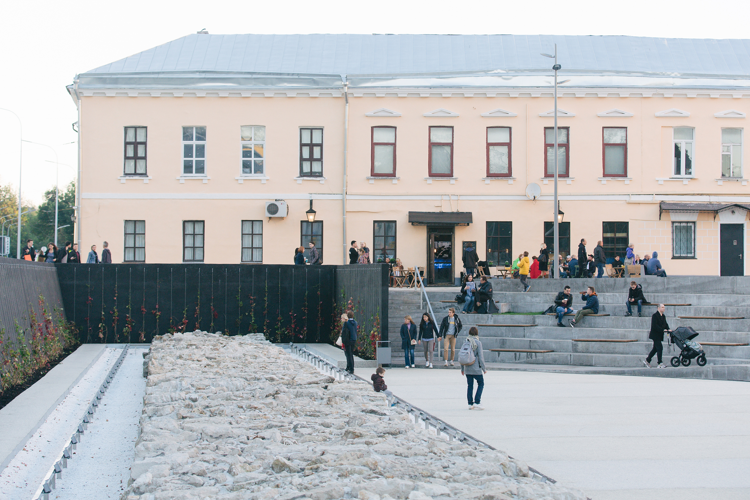 Fragments of the Belgorodskaya Wall were unearthed by chance.