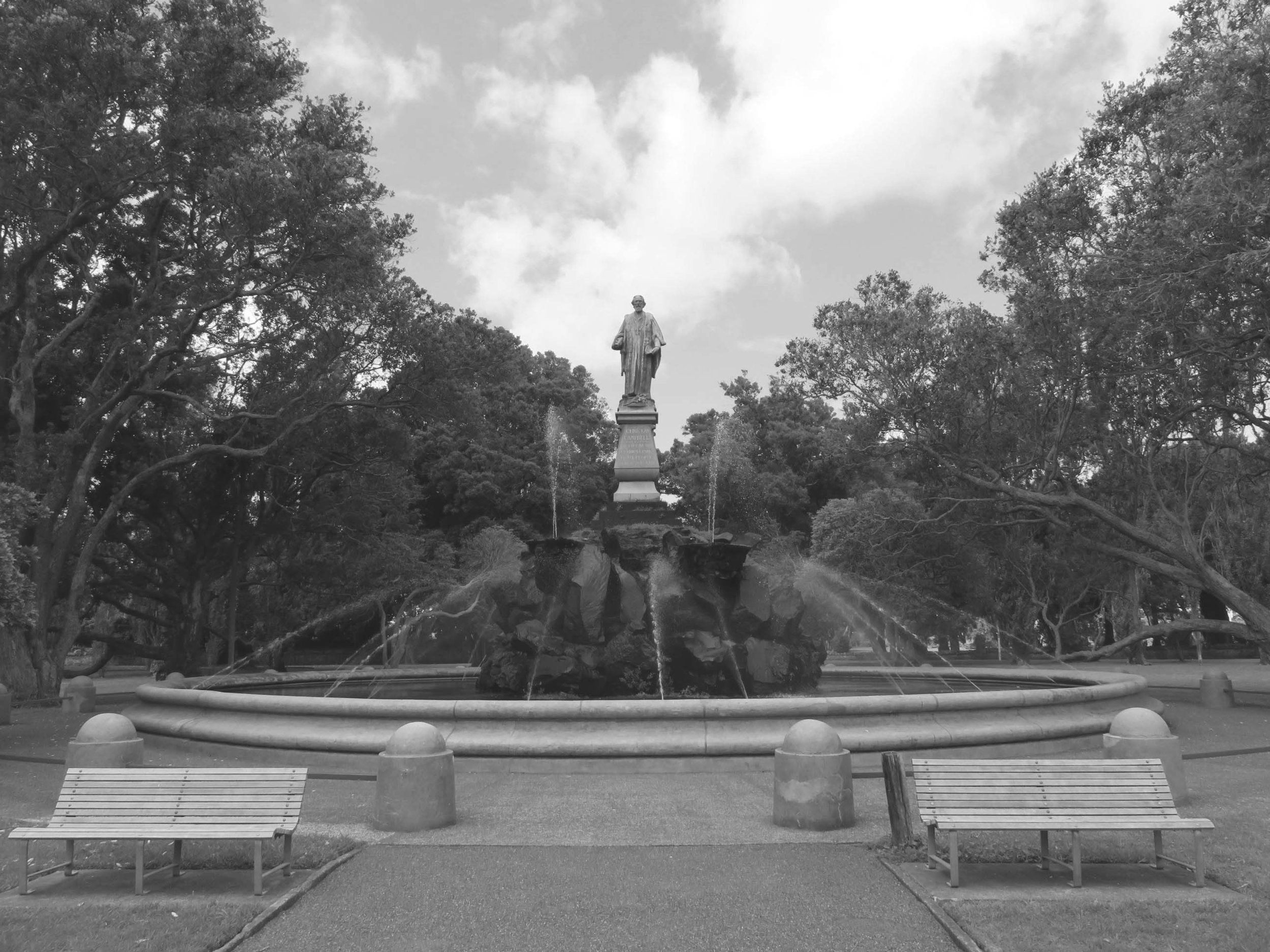 The John Logan Campbell statue and fountain on Campbell Crescent in Auckland's Cornwall Park.