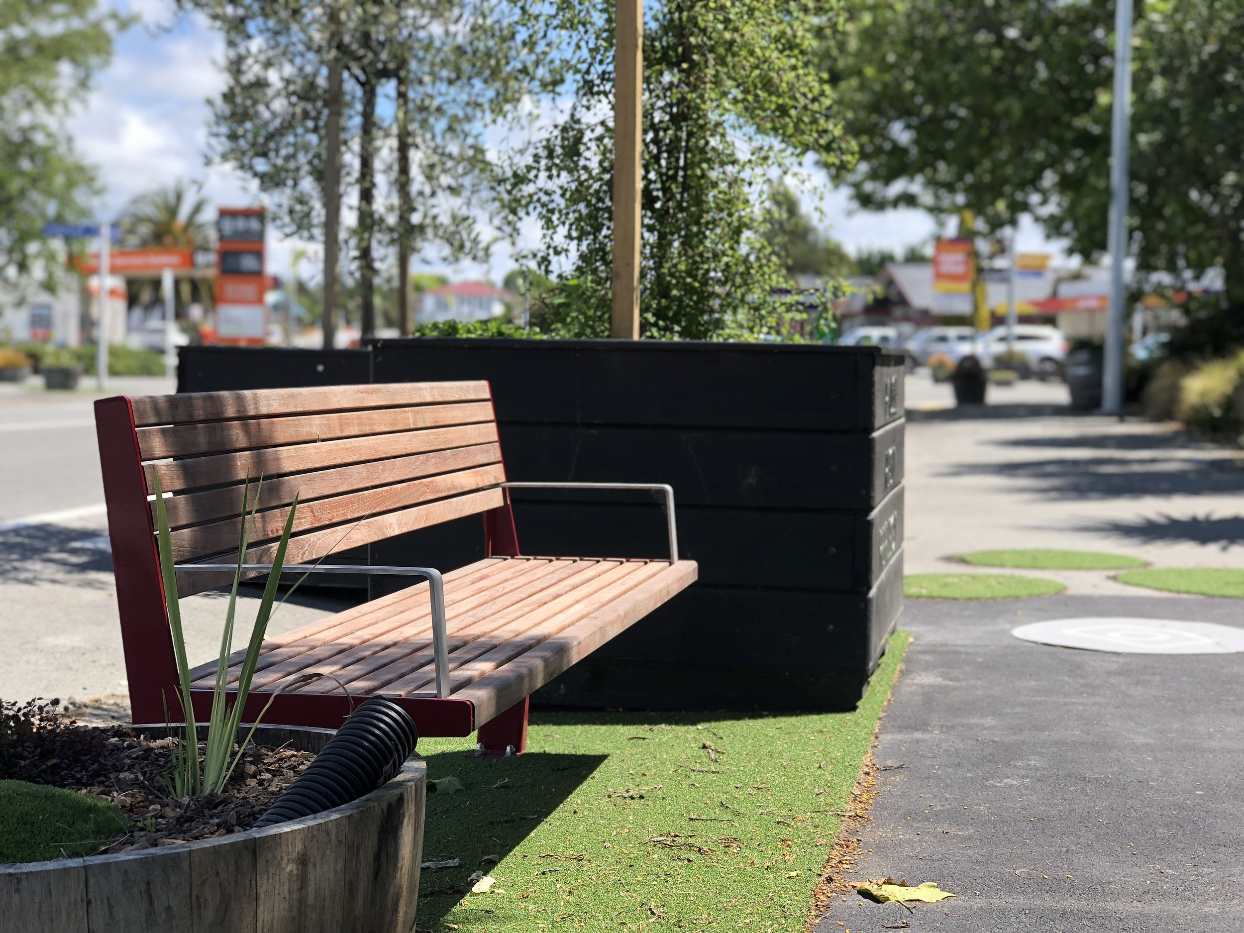 The team behind Pause Park wanted to strengthen the connection between the built and natural environment.