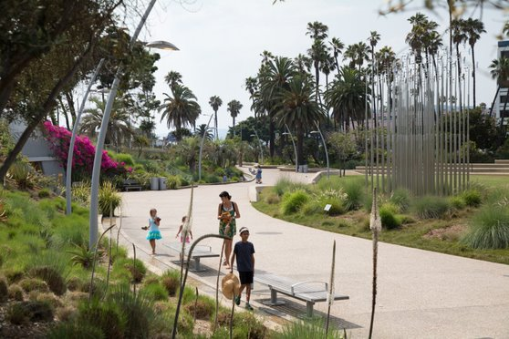 Santa Monica's Tongva Park has transformed a former car park into a community asset. Image courtesy of the City of Santa Monica