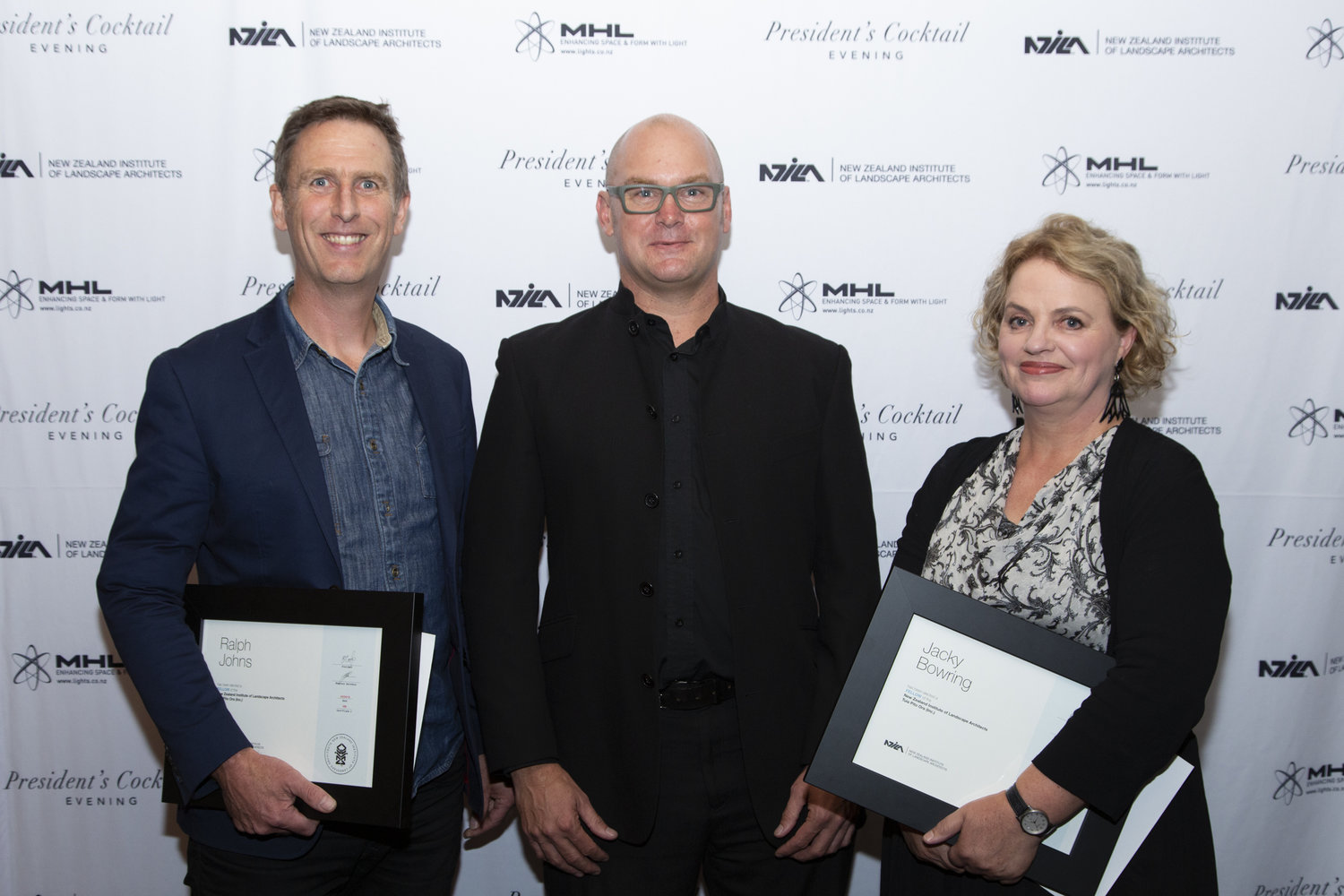 Ralph Johns (left) at the NZILA president's ingural cocktail evening in April.