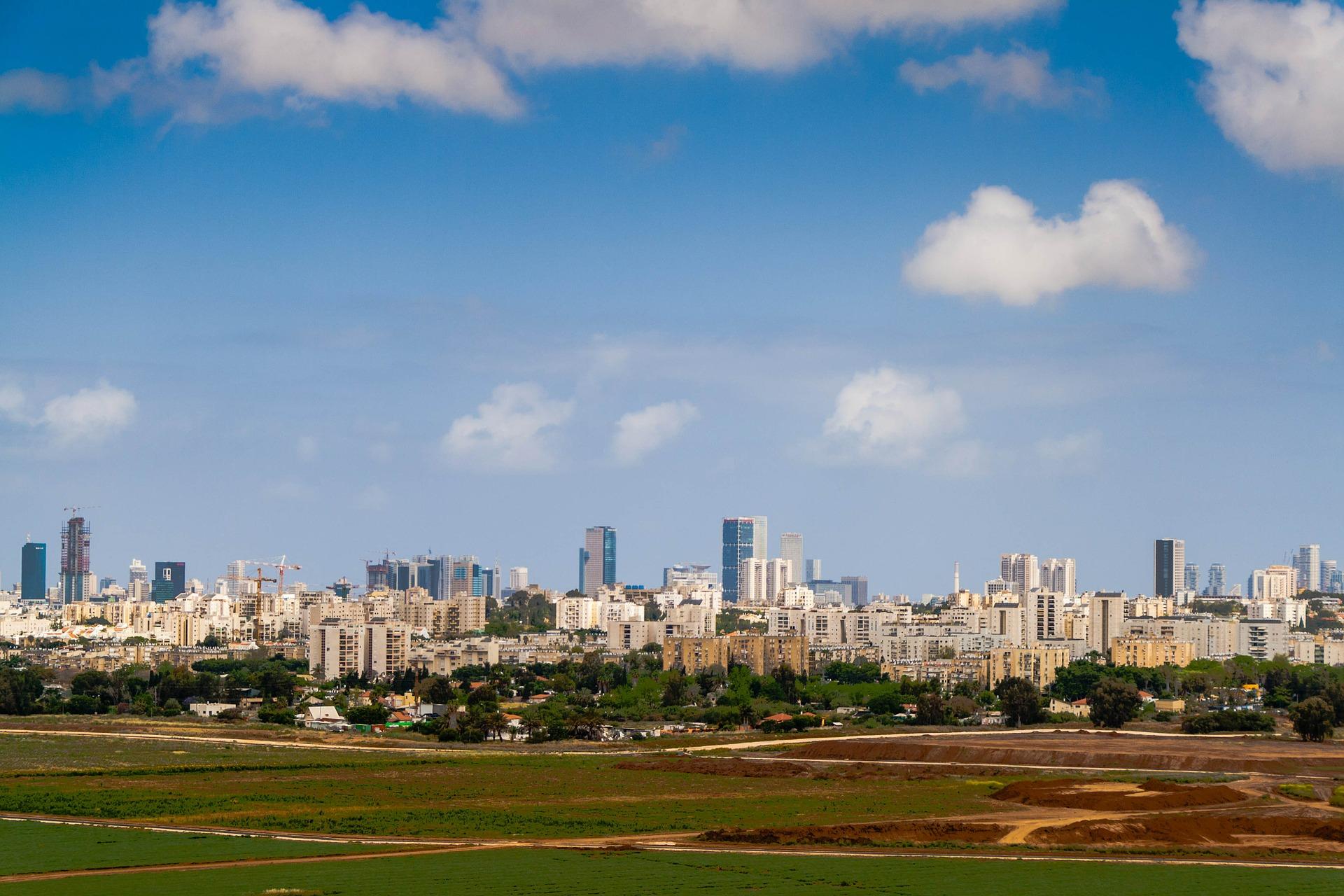 Tel Aviv. Image by Nadya Il from Pixabay