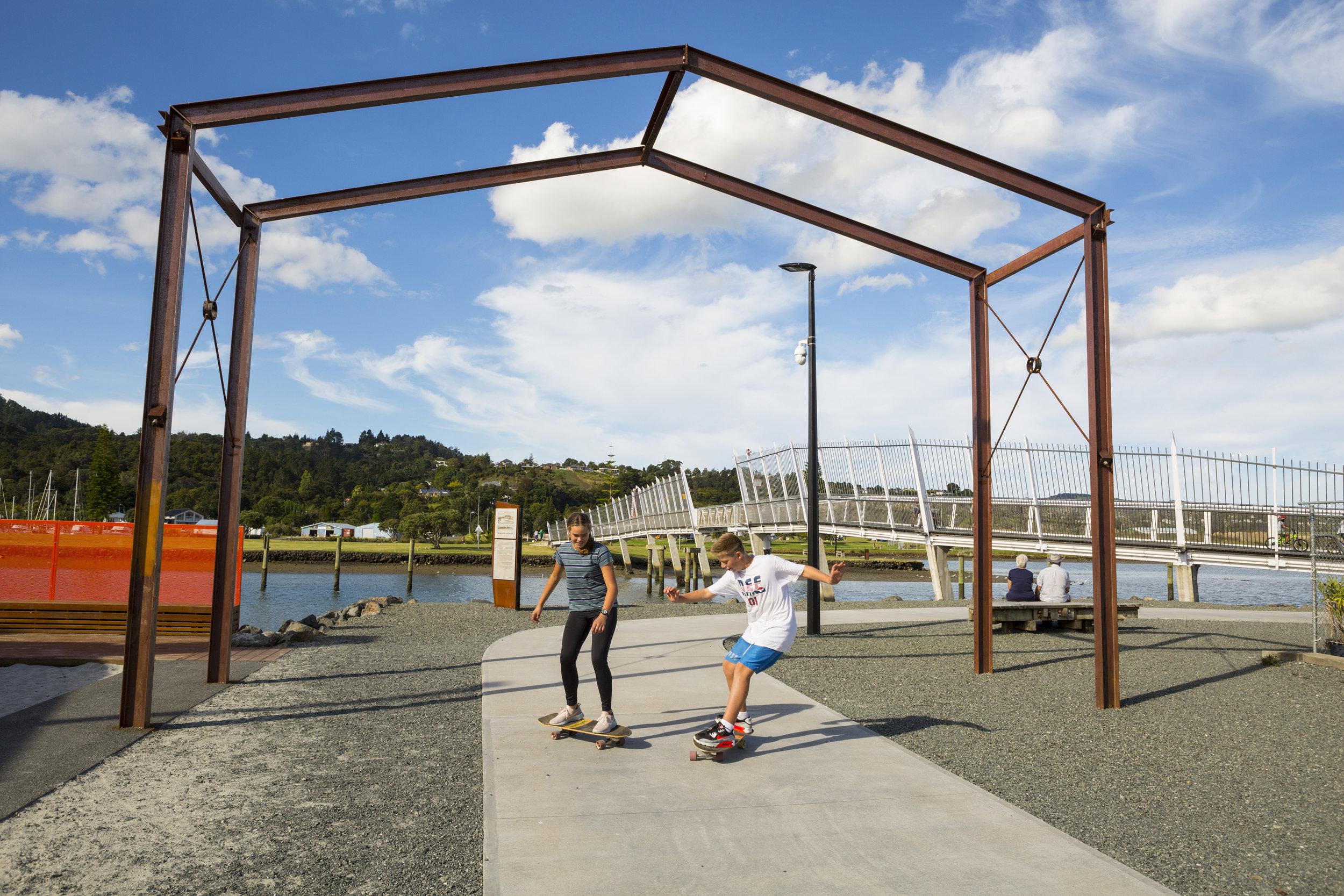 The gateway into Hatea Loop. Photo credit: Doug Pearson