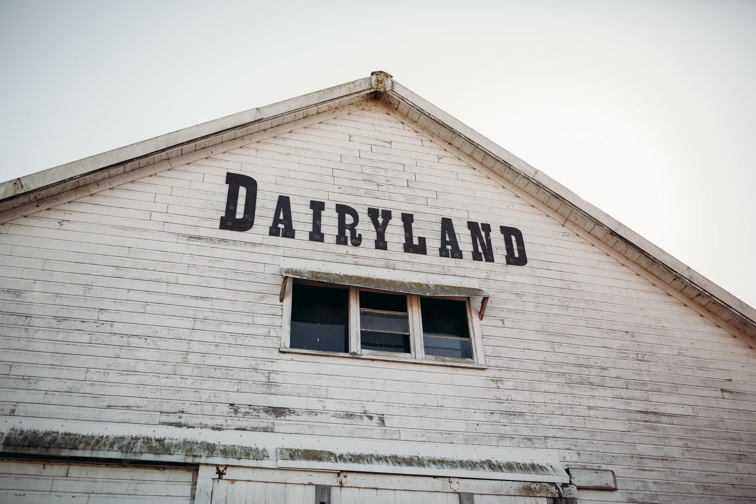 dairyland , A beautiful barn venue in snohomish
