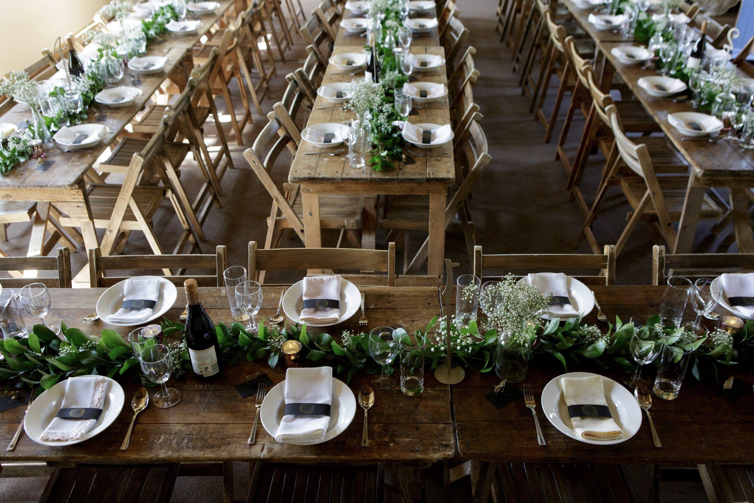 AN ENGLISH BARN WEDDING -
