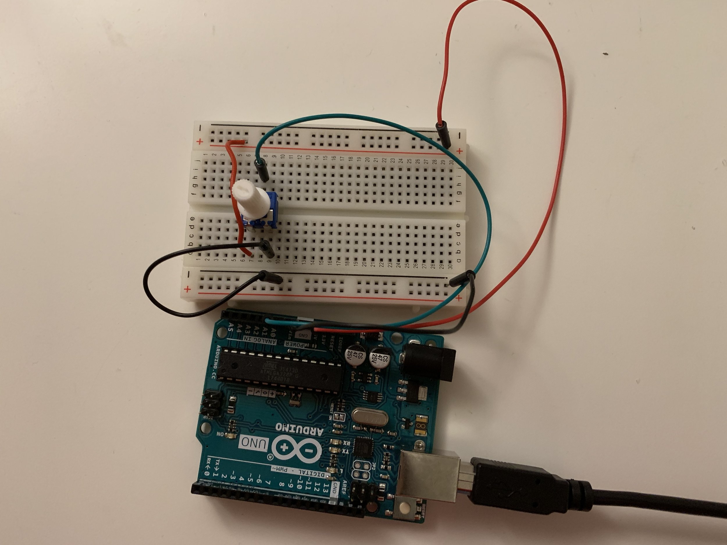 Photo of simple circuit with a single potentiometer.