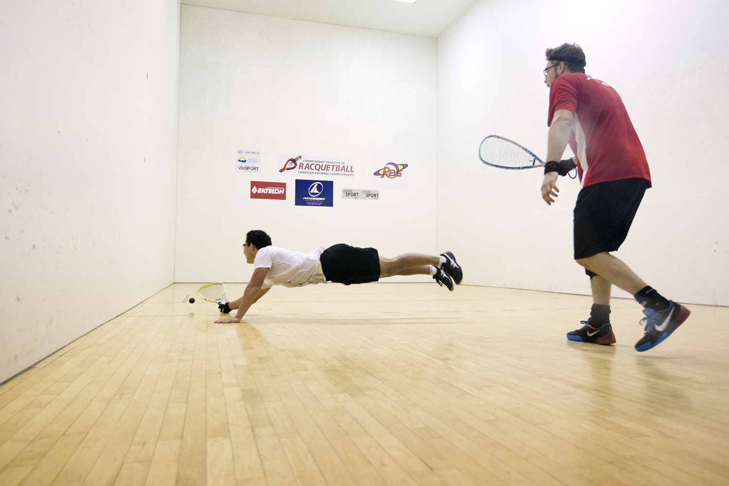Coby Iwaasa (left) faced Samuel Murray (right) in a pulsating Men's Singles final. Photo credit: Jan Hanson
