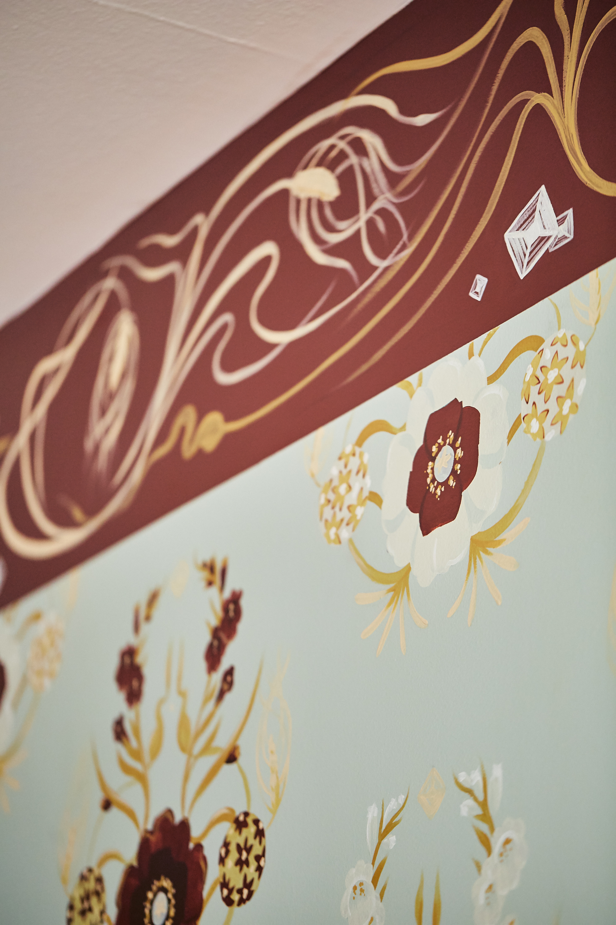 hand painted wallpaper frieze.jpg