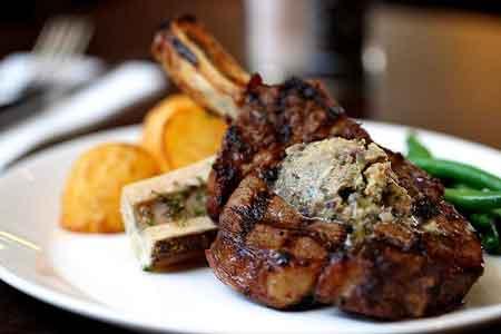 The-Lodge-Mudgee-Steak.jpg
