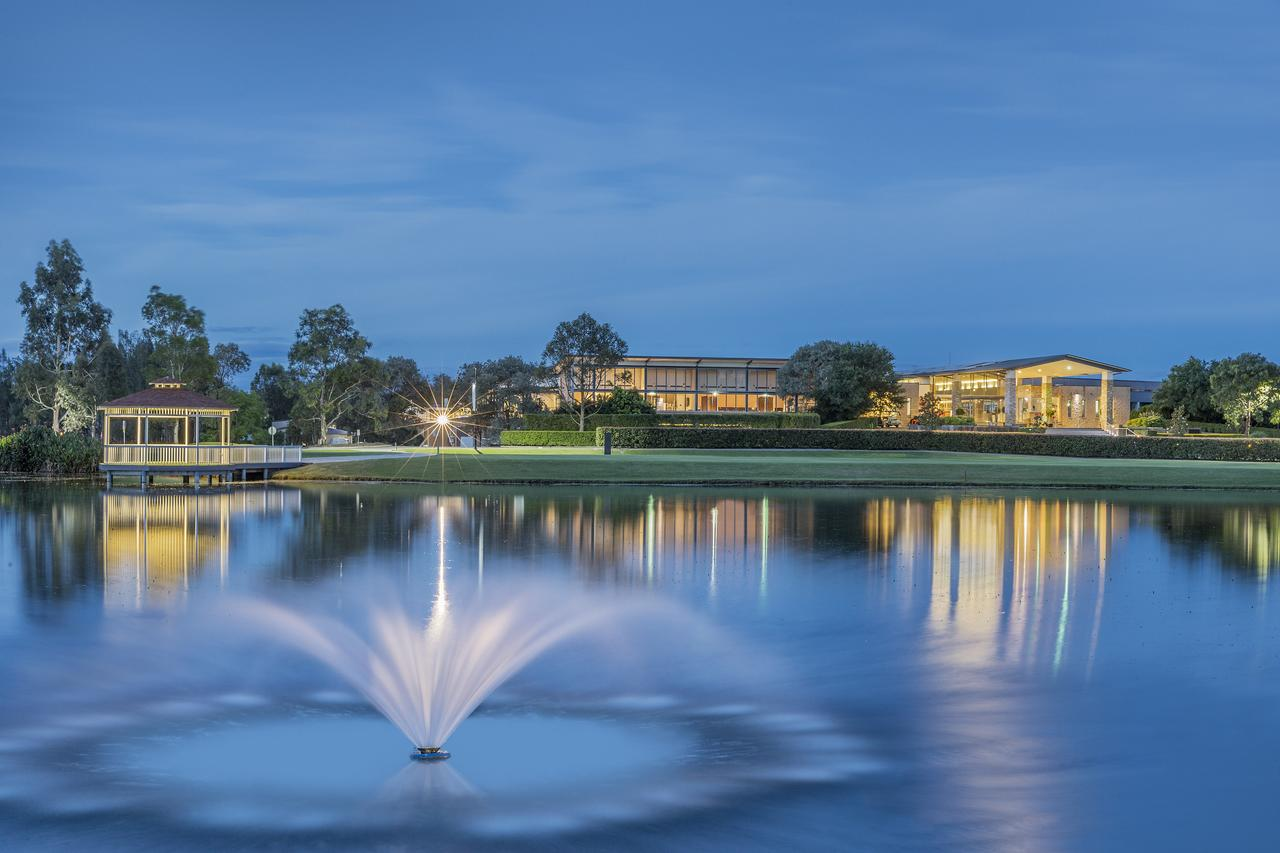 Crowne Plaza - Crowne Plaza Resort 2 nights accommodation in a King Room, return airfares.ex Ballina, Dubbo, Canberra or AdelaideStarting from $398*per person twin share★★★★
