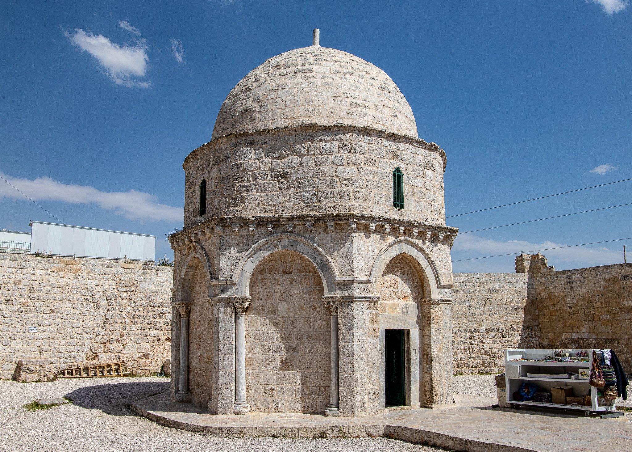 The octagonal Chapel