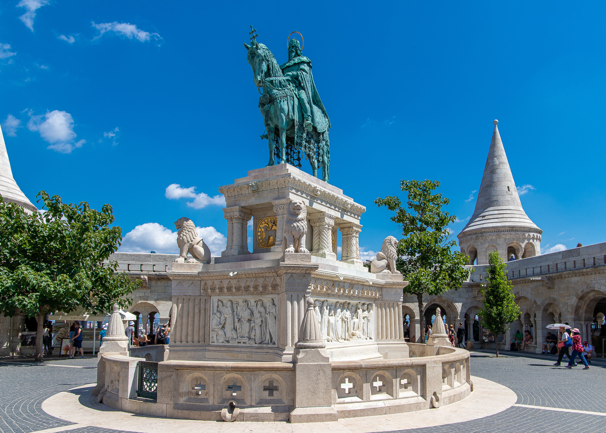 St Stephen's Statue in front of the Fisherman's Bastion