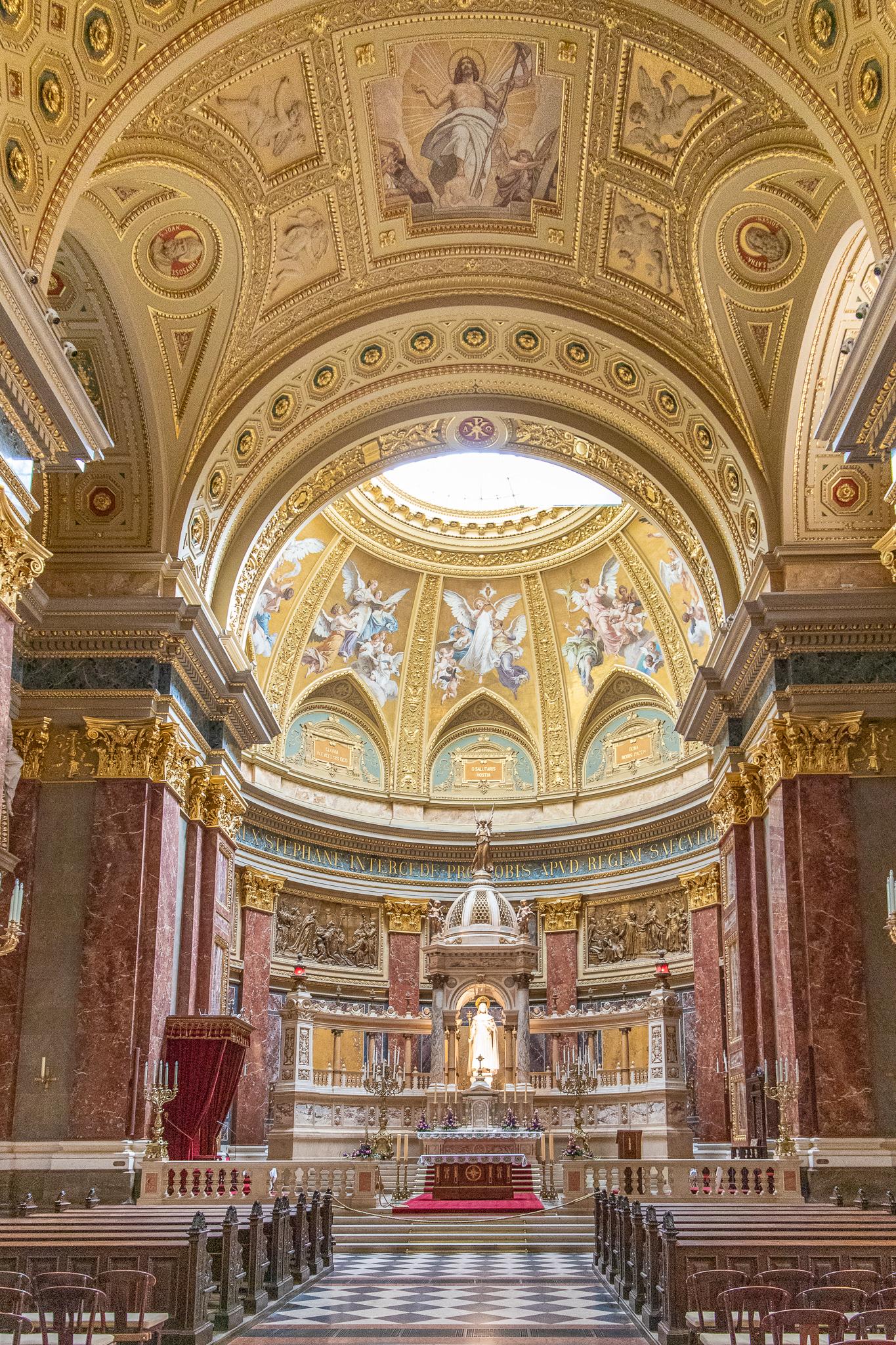 Facing St Stephens altar