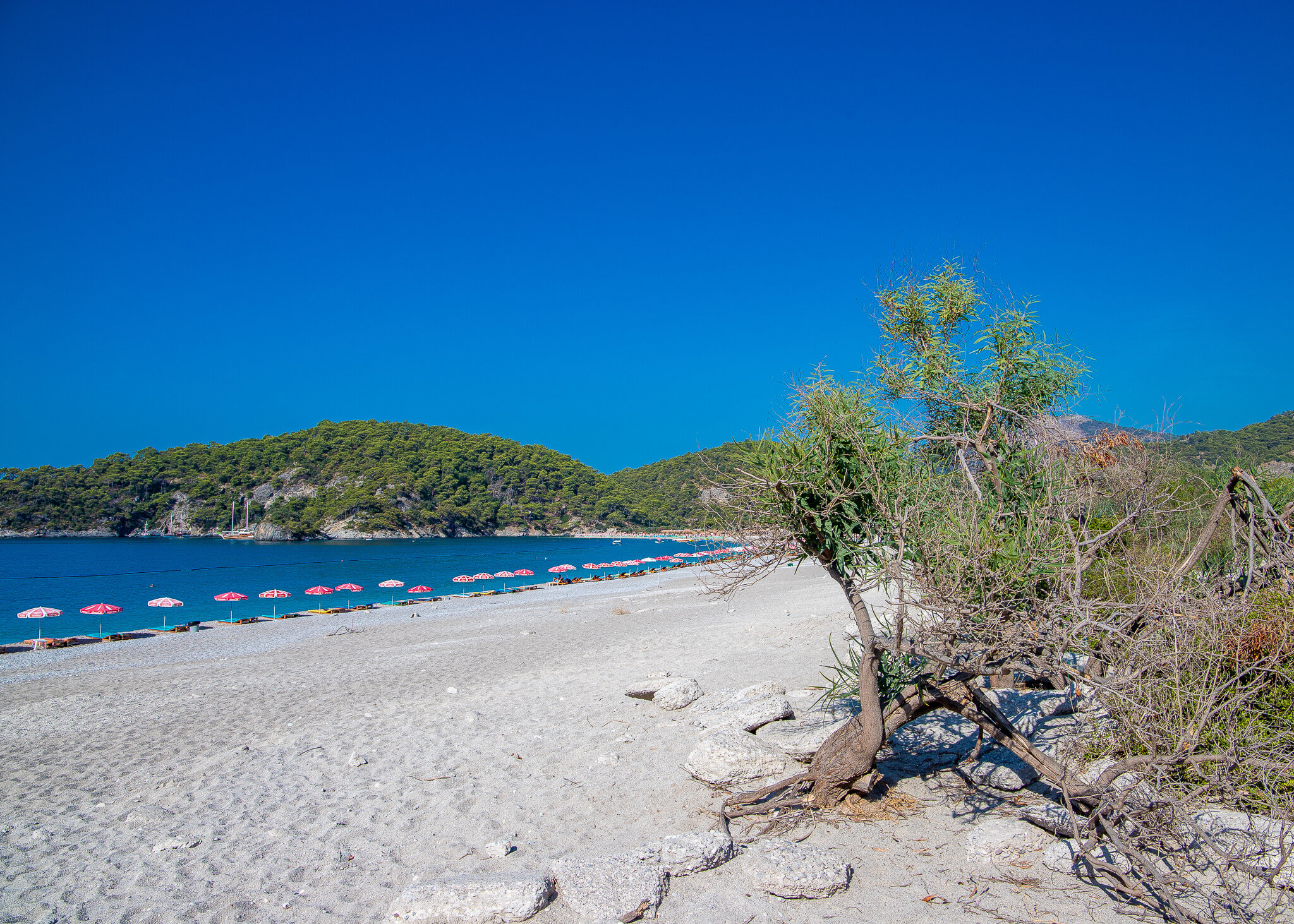 Oludeniz Beach early in the morning sans tourists